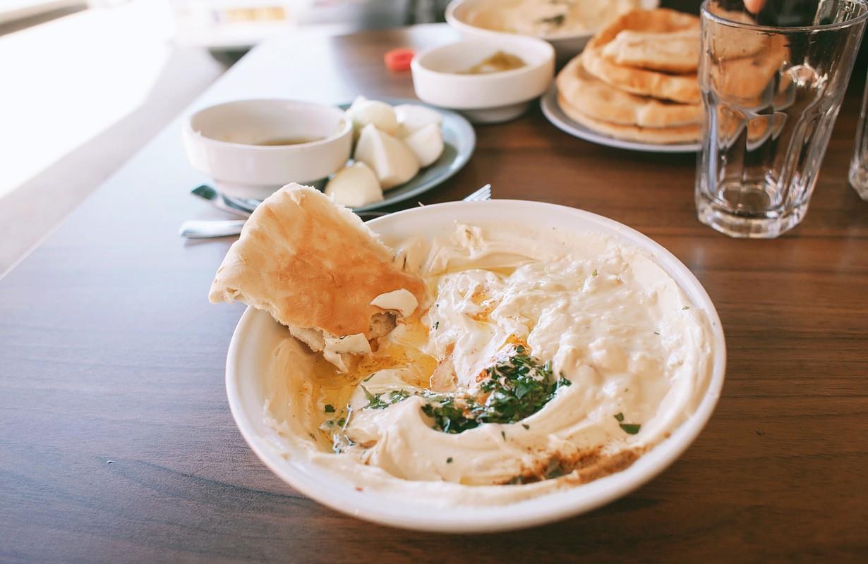 Lebanese cafe