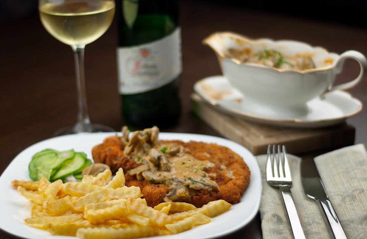 Schnitzel and wine