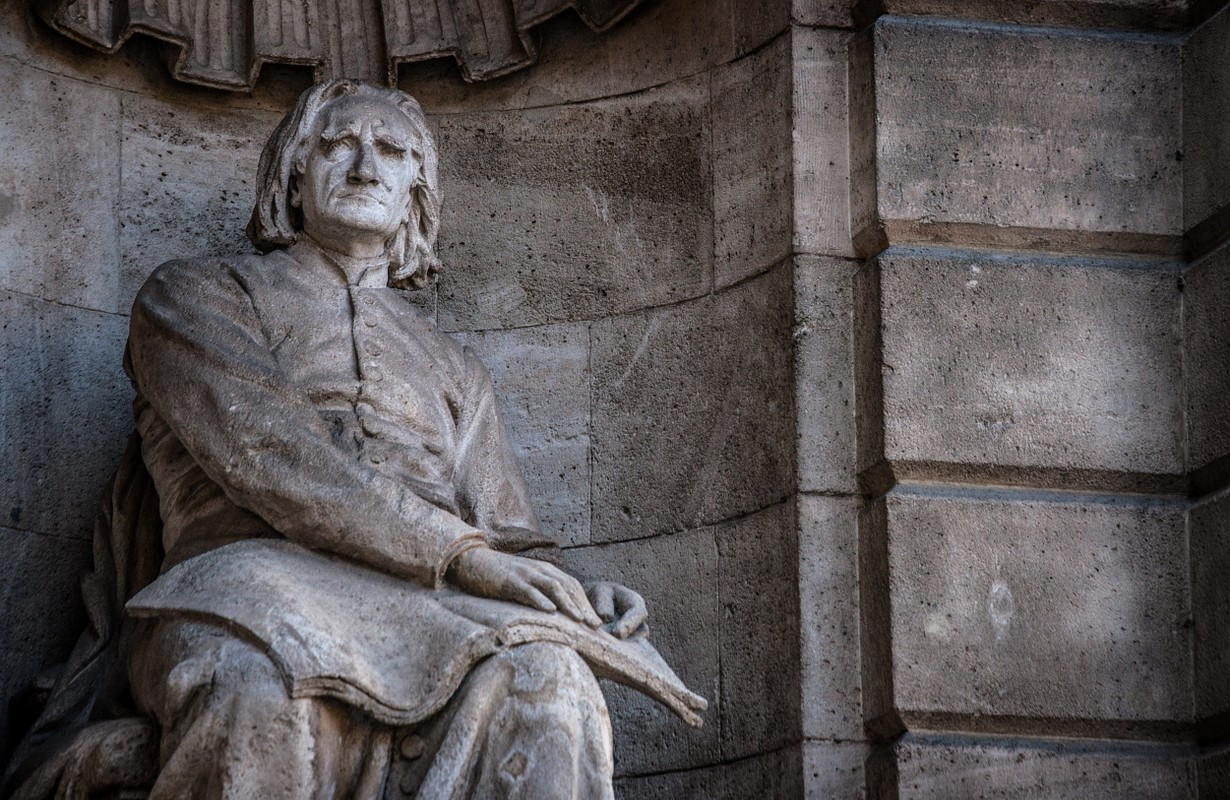 liszt ferenc statue at opera house budapest