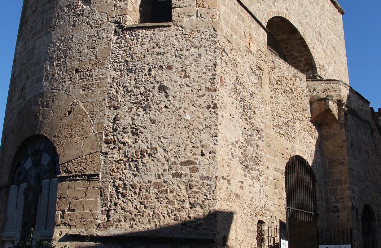 Alghero, mura e altri edifici