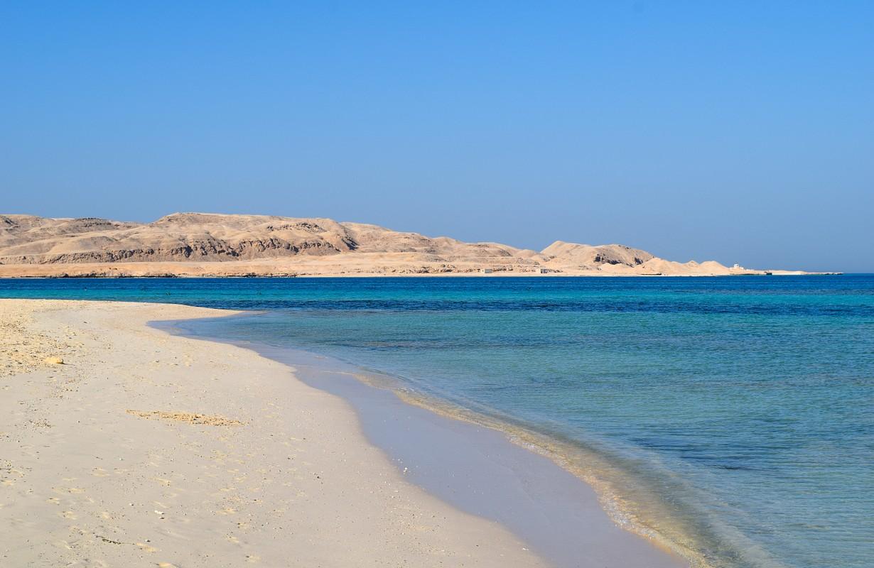 beach of Mahmya island with turquoise water, Egypt