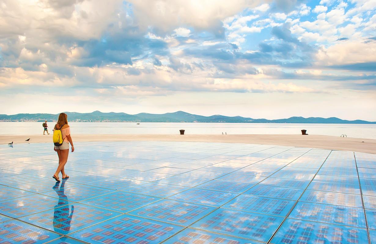Sun Salutation installation in Zadar
