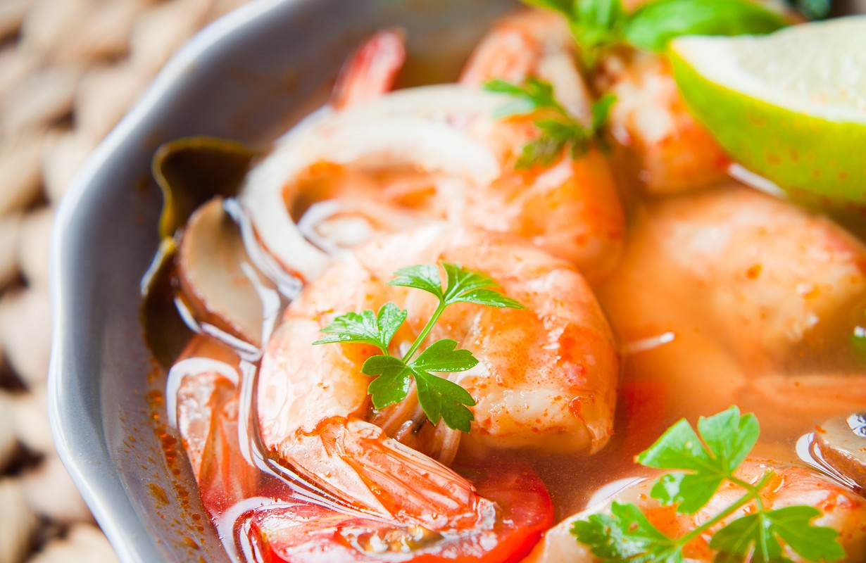 Tom Yum - Thai famous soup with prawns.