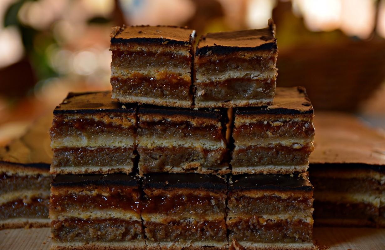 hungarian gerbeaud cake