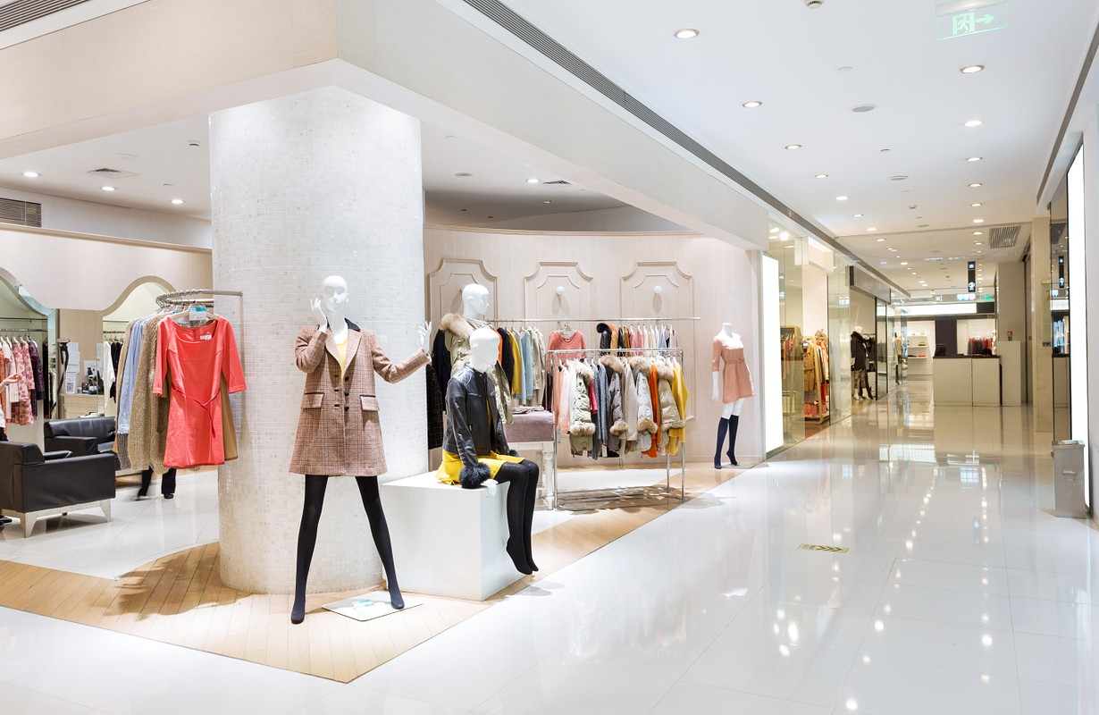 Boutique at a San Diego shopping mall, USA