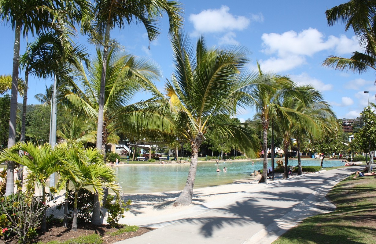Airlie Beach/Swimming Lagoon Pool/Central Place
