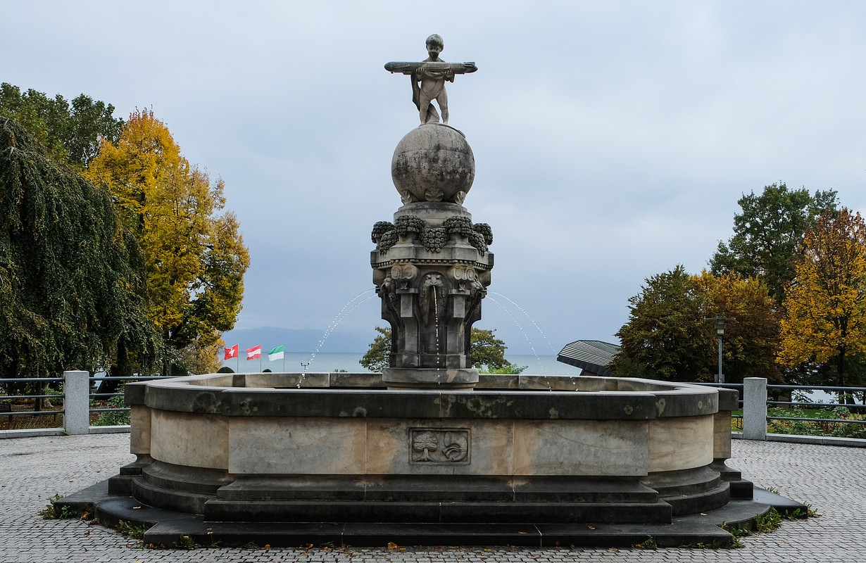 Zeppeling Well in Friedrichshafen