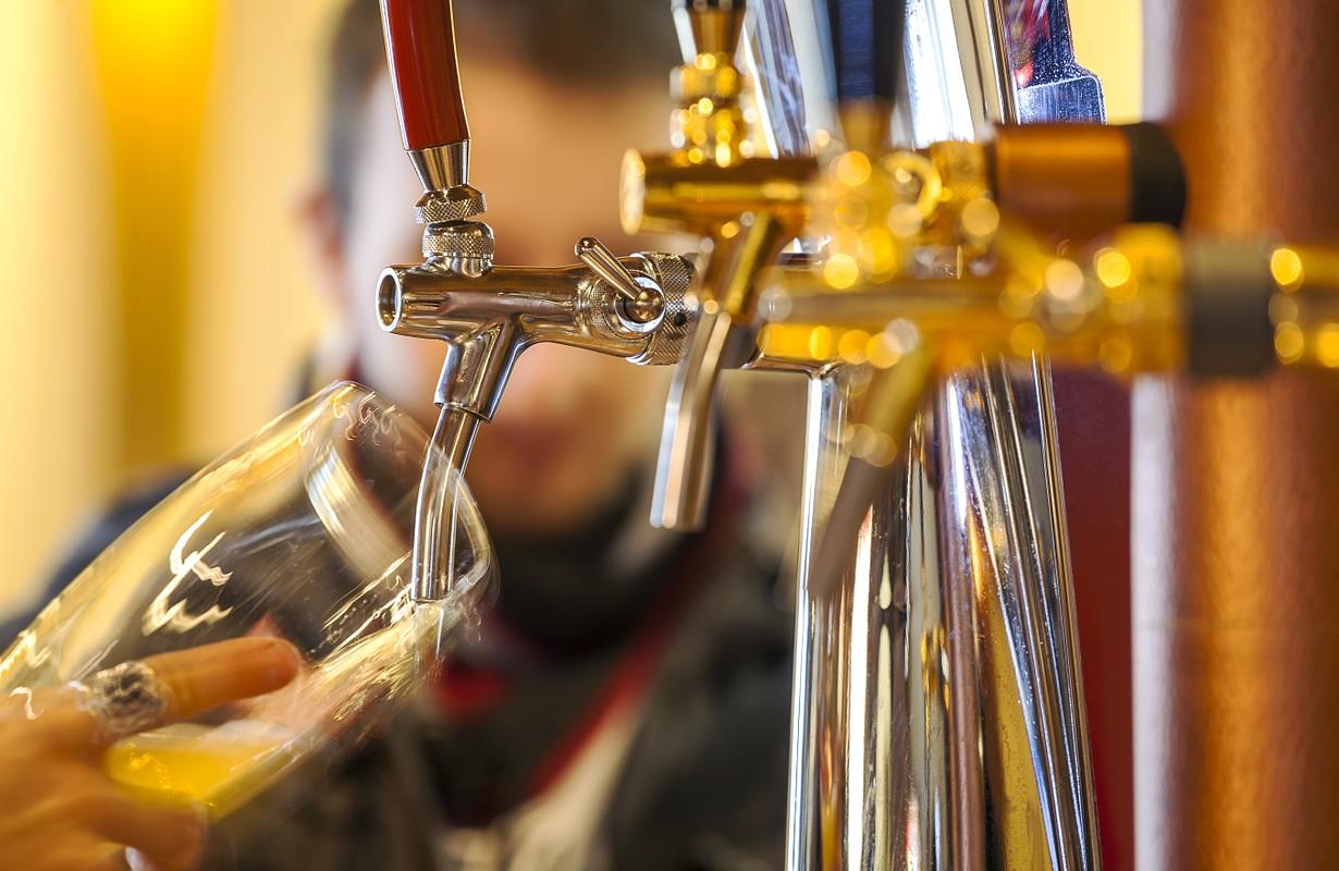 taping beer