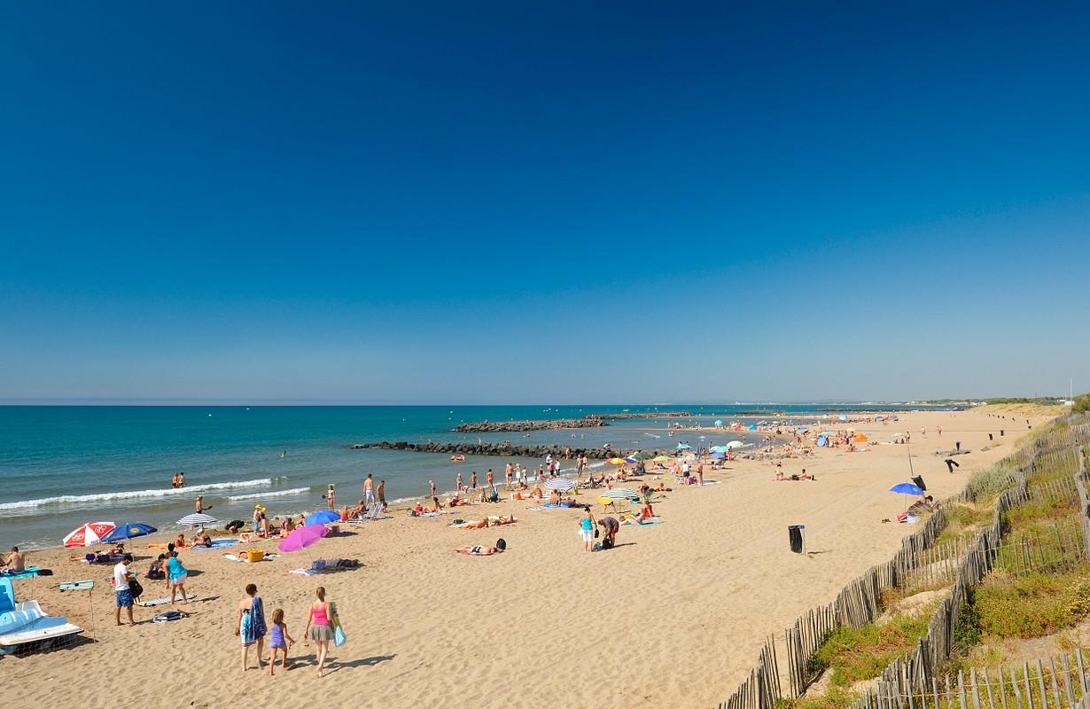 Vias, beach