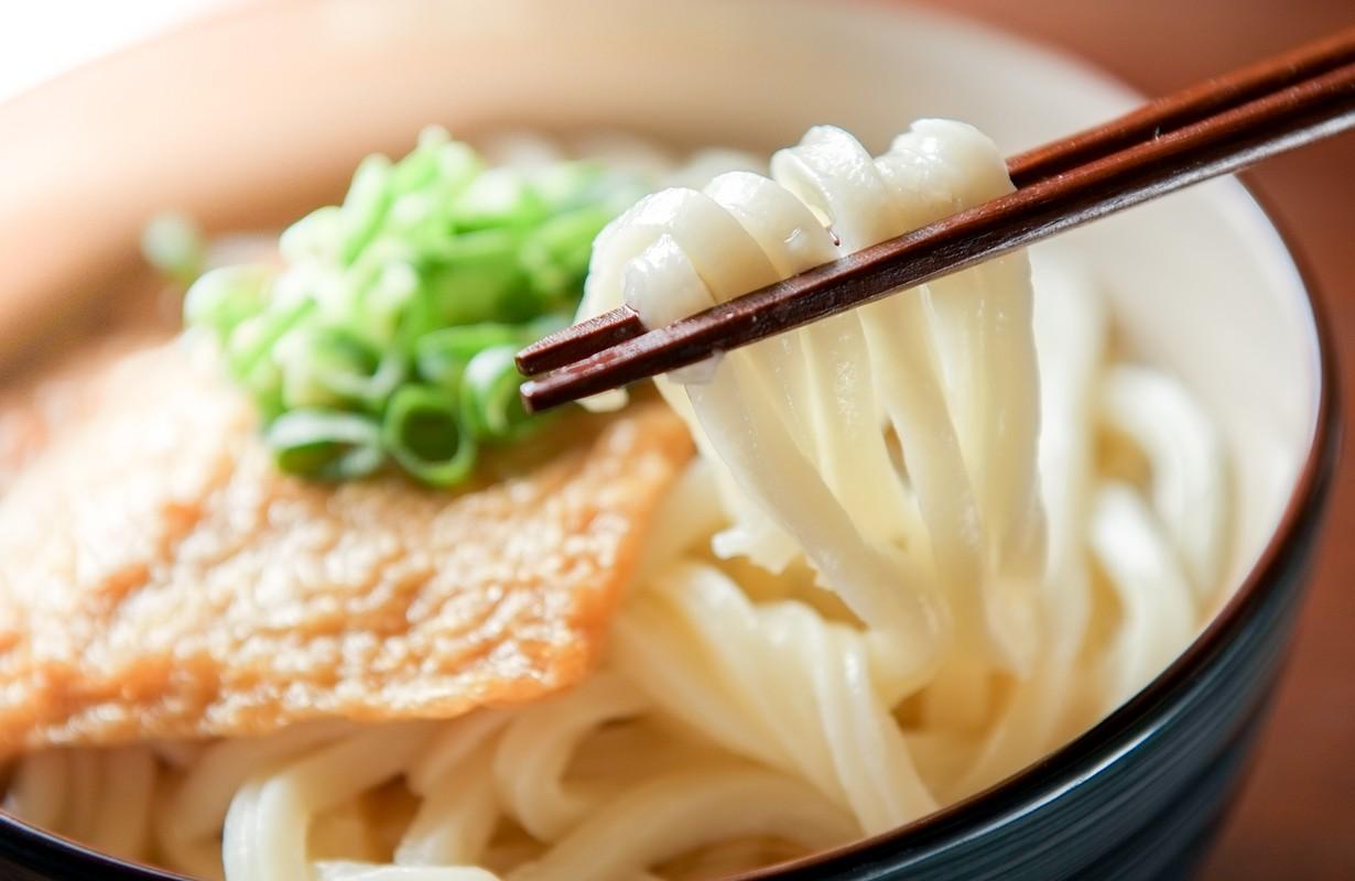 kitsune udon japanese food