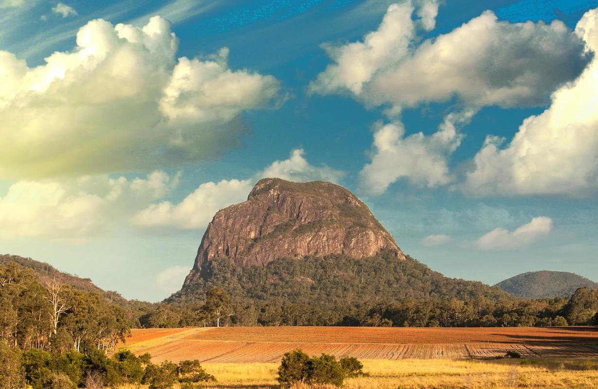 Glass House Mountains National Park - Sunshine Coast ...