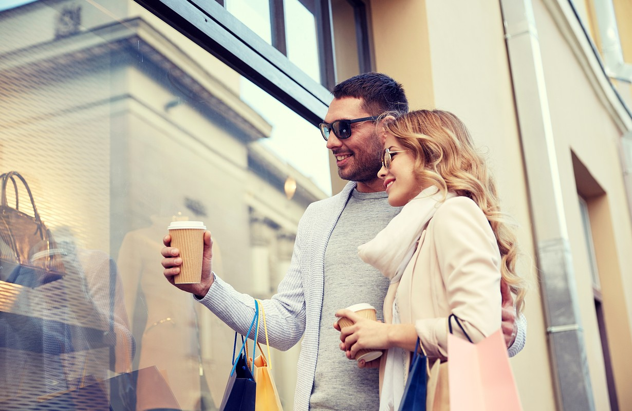 Couple in front of a shopping window - San Francisco, California