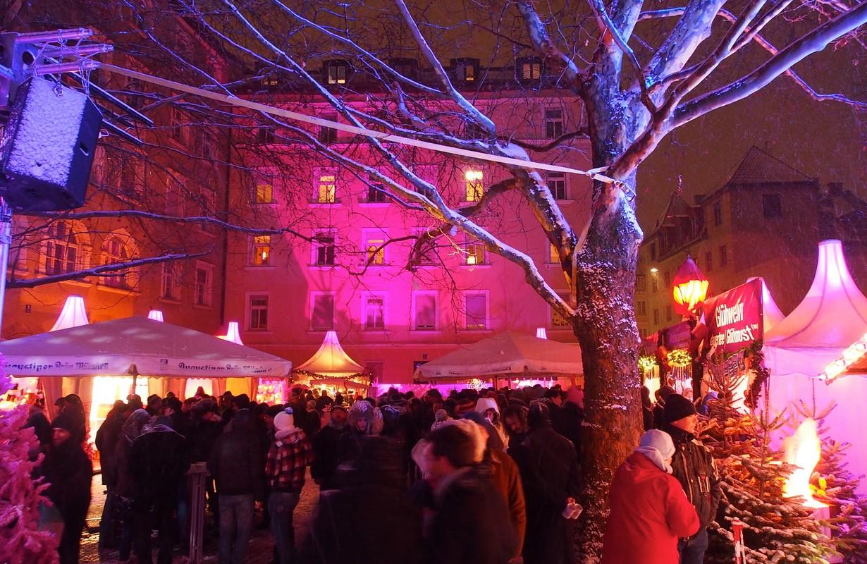 Pink Christmas Market
