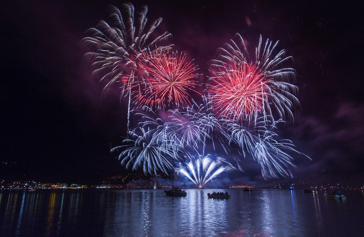 Firework above the lake