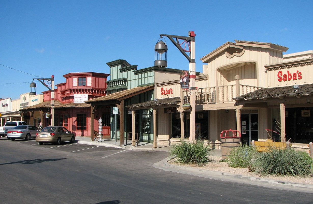 A street in Old Town Scottsdale, Arizona, USA