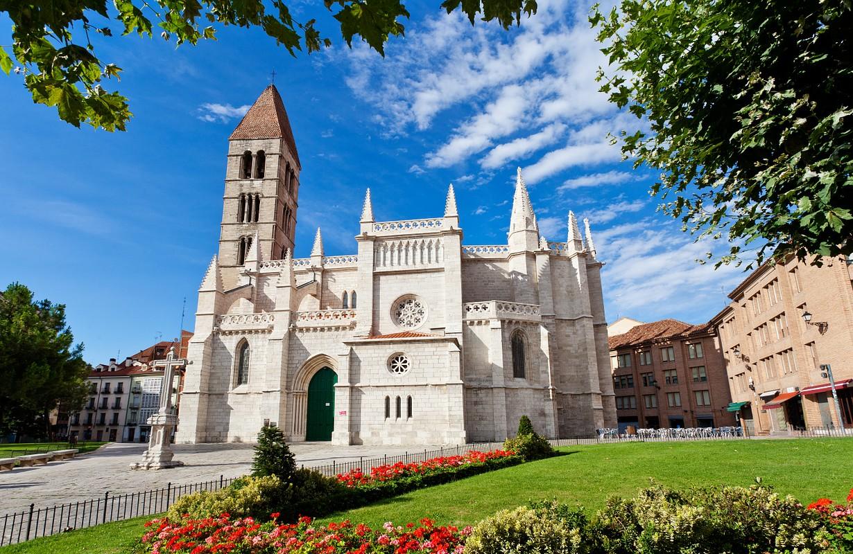 Santa Maria de la Antigua Church, Valladolid, Castilla y Leon. Spain.