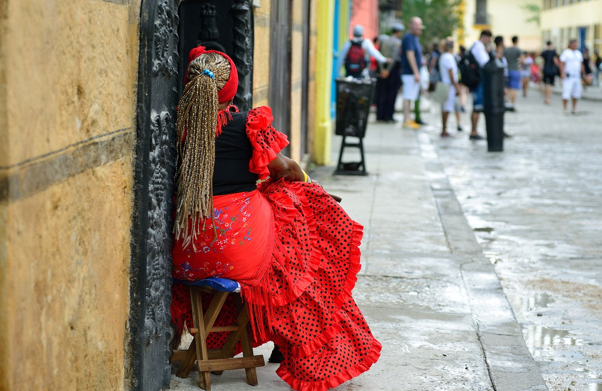 Woman in Old Havana