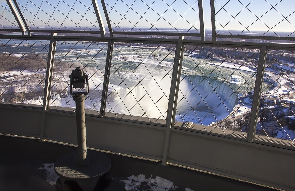 Coin Operated Telescope Binocular For Sightseeing on Skylon Tower observation deck Niagara Falls Canada