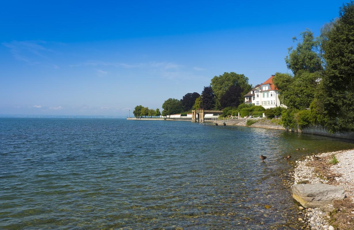 Lake side promenade in Friedrichshafen