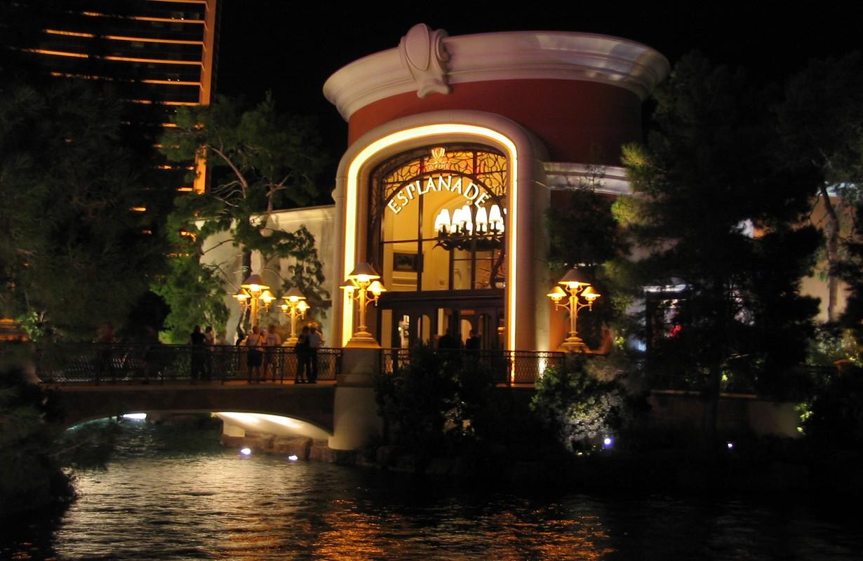 Encore Esplanadas Las Vegas outside shot