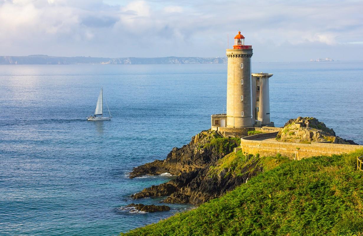 Lighthouse Phare du Petit Minou