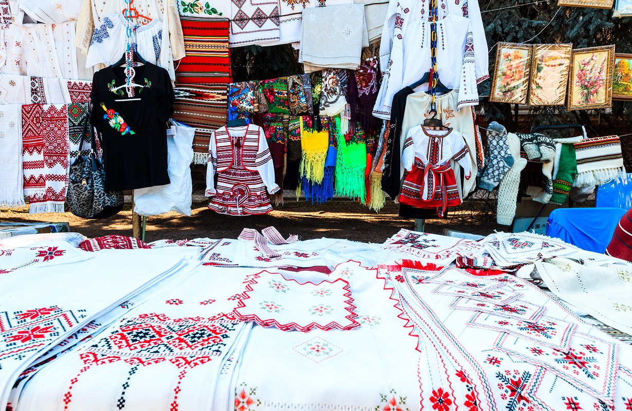 Moldovan crafts and clothing