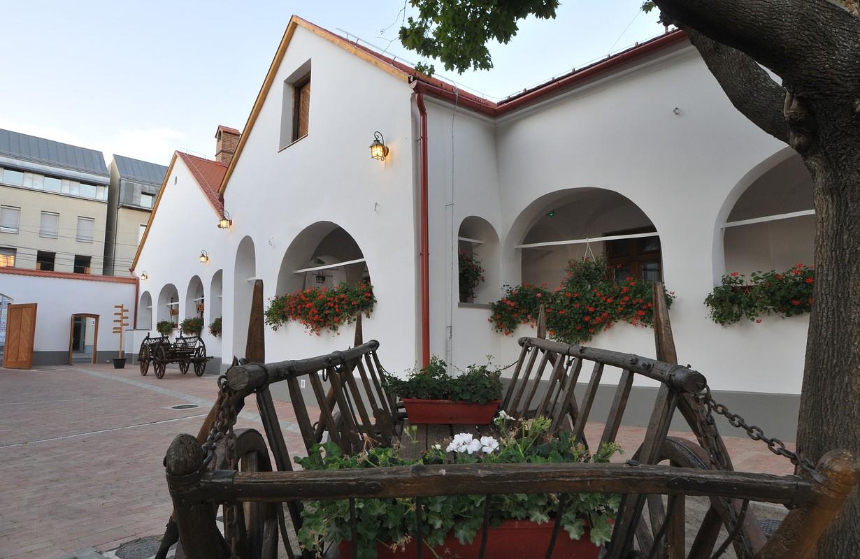 Régi Posta Restaurant & Inn