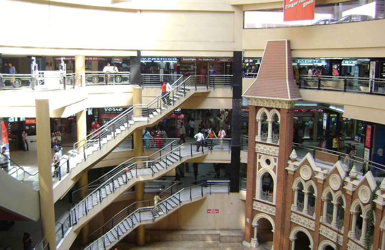 Spencers Plaza in Chennai