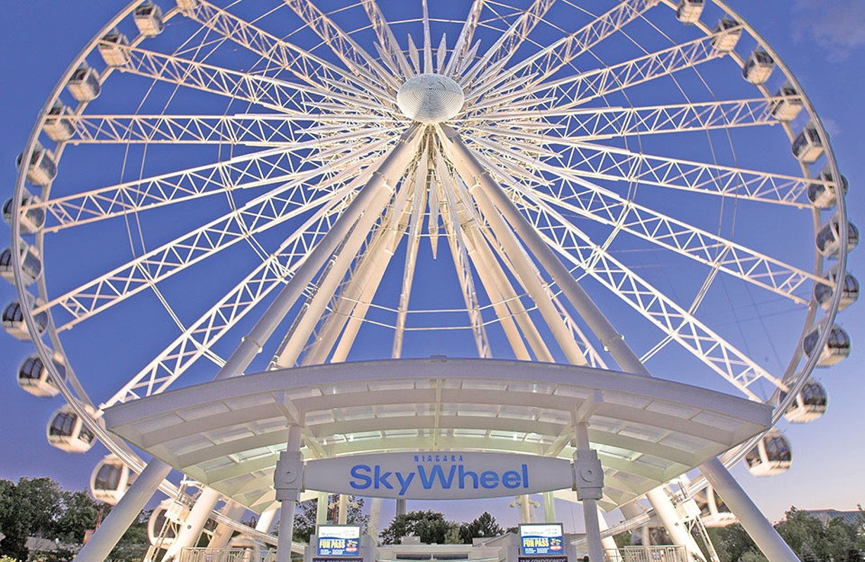 Clifton Hill Skywheel During the Day