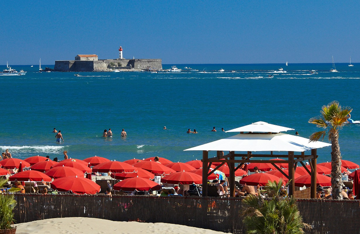Le Cap d'Agde, right by the seaside