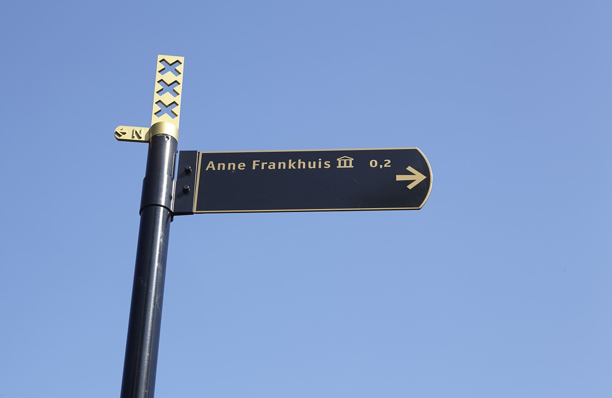 Roadsign to the Anne-Frank-House (Anne-Frankhuis) in the capitol city of the Netherlands, Amsterdam.