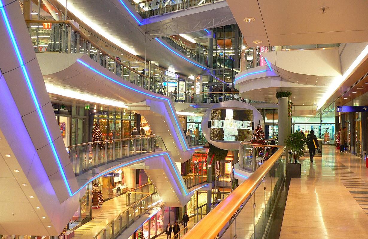 Sevens shopping center