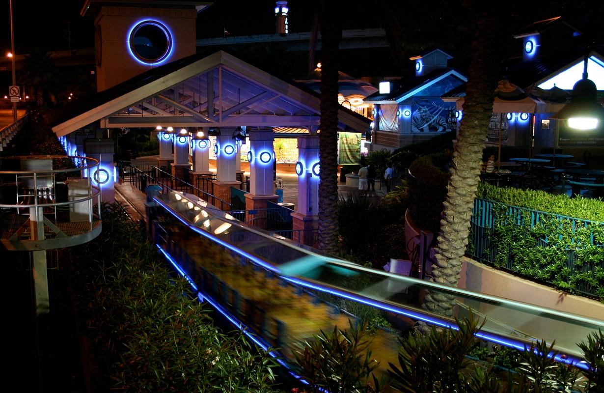 Train ride at the Aquarium in Houston - Texas, USA