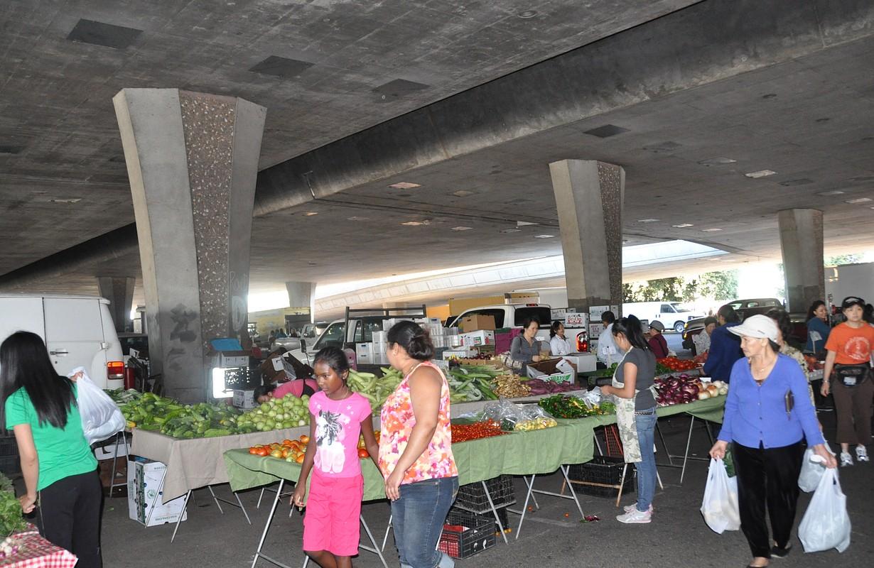 Downtown Stockton Asian Farmer's Market