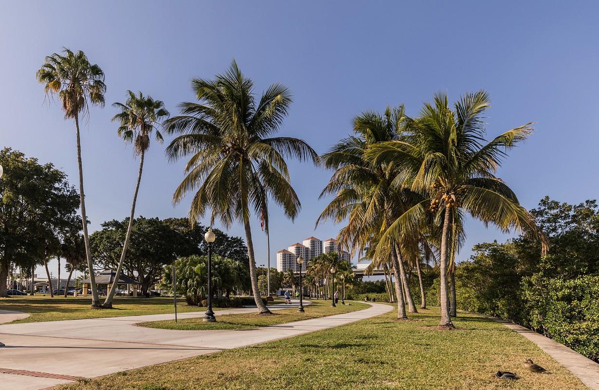 Centennial Park, Fort Myers