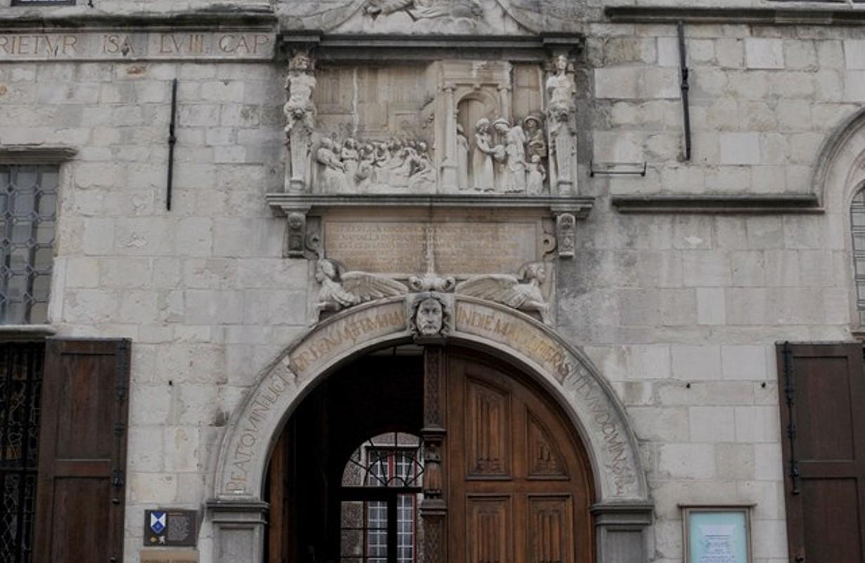 Maagdenhuismuseum, Anversa