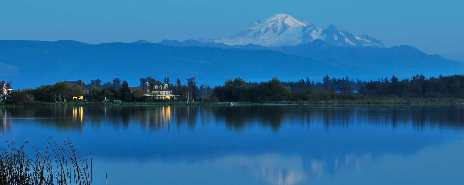 Wiser lake and Mount Baker in Washington State