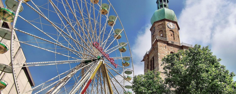 Dortmund: Reinoldikirche mit Riesenrad