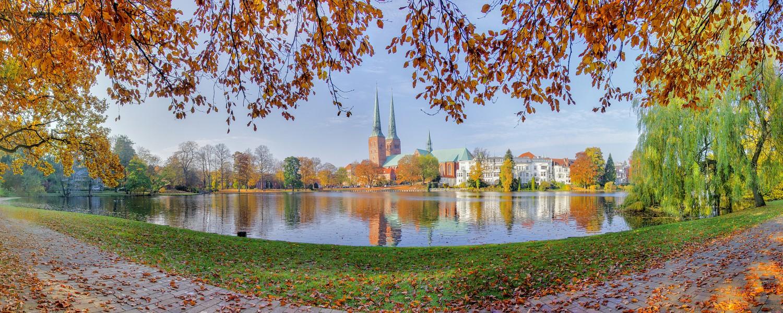 Lübeck in Autumn / Lübeck im Herbst