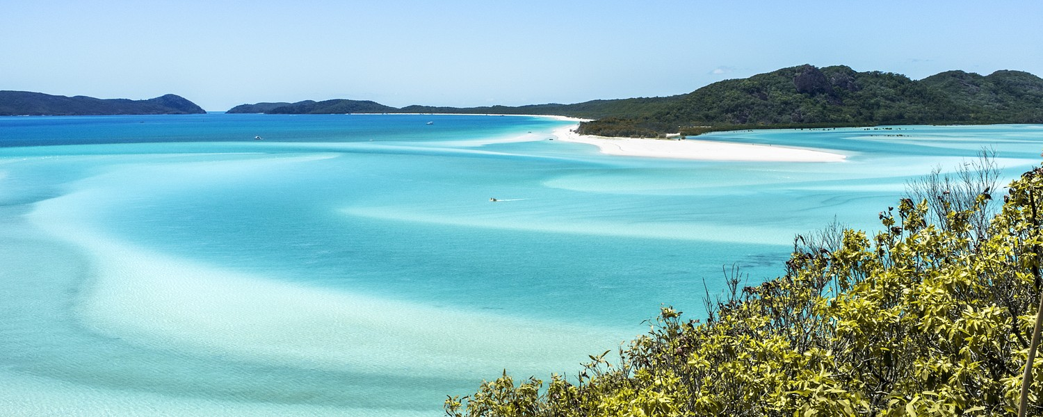 Beautiful Whitehaven Beach in the Whitsunday Islands