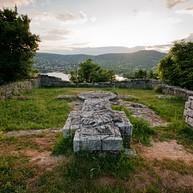 Sibrik-dombi római erőd és ispáni vár