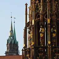 Plaza del mercado central, Iglesia de Nuestra Señora y Fuente Hermosa