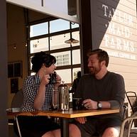 テイラー・メイド・ファーム・コーヒーショップ / Taylor Maid Farms Coffee Shop