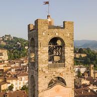 Civic Tower (Campanone - Big Bell) oraz Palazzo del Podestà