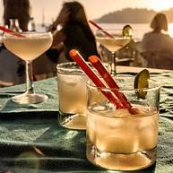 Famous Beach Bar & Grill