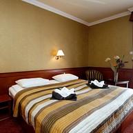 Hotel Ködmön ****