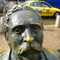 Statue der Slaveikovs