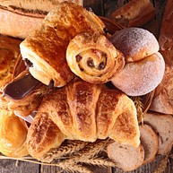 Paneton Café & Bakery