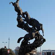 Los Caballos Monument (The Horses)