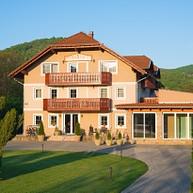 Hotel Honti***